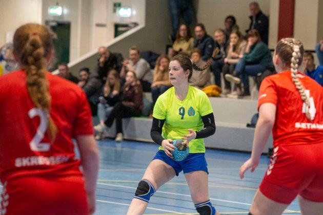 Natalie Nøland Nordahl spiller på Birkebeinerens jenter 15-lag - et lag som nekter å tape og bare har tapt en kamp så langt i sesongen. Foto: Anders Kongsrud.