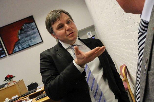 Alfred Bjørlo meiner gammalt tankegods om kva staten skal vere, er i ferd med å øydeleggje ein gylden moglegheit for distrikta til å utvikle seg.
