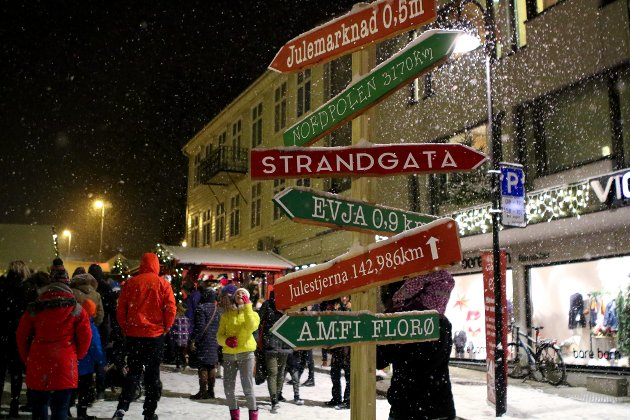 Julemarknad i Florø, fredag første desember.