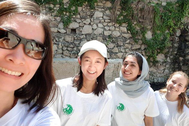 Quynh Le, Tran Nguyen, Asma Shouket og Anne-Marthe Due Ose på tur til Haiti med Farmasøyter Uten Grenser.