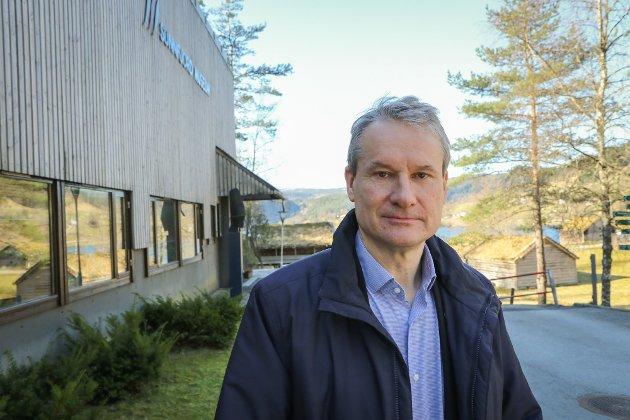 FUNGERER GREIT: - Senterpartiet og Erling Sande ønsker å endre noko som fungerer svært bra, og som har det gjort i lang tid, seier Olve Grotle (H).