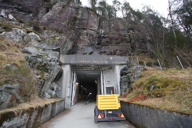 Inngang til kraftstasjonen inne i fjellet.