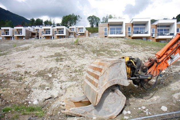 """Utbygging: """"Kommunane har også eit særskilt ansvar for vern av dyrka jord mot bustadfelt og næringsareal"""", skriv Anders Felde. Bildet er frå utbygging i Vieåsen i Førde."""