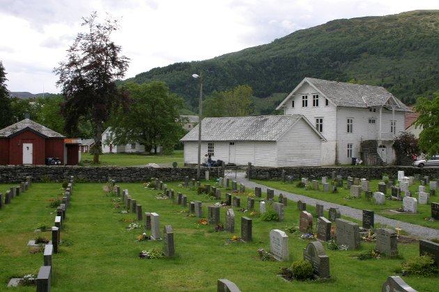 Ny gravplass i Fjaler har vore tema i fleire år.