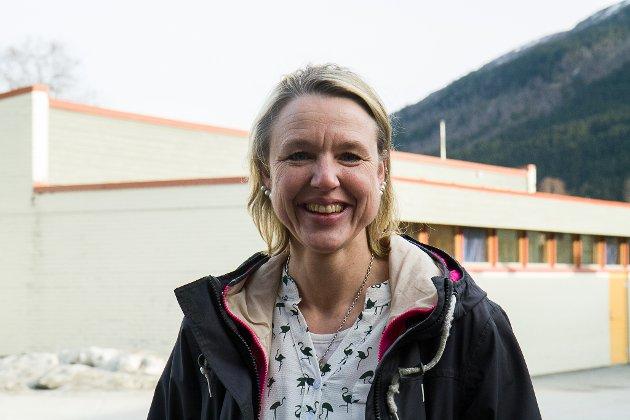 Arbeidsoppgåvene til leiarane i barnehagar og skular har over tid blitt endra til å omfatte meir administrasjon, fleire møte, dokumentering og rapportering, skriv. Anne Cecilie Kapstad i lag med to kollegaer.