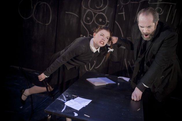 AUTORITÆR: Reidun Melvær Berge og Kyrre Eikås Ottersen står for strålande prestasjonar som eleven og professoren, skriv meldar Rune Timberlid.