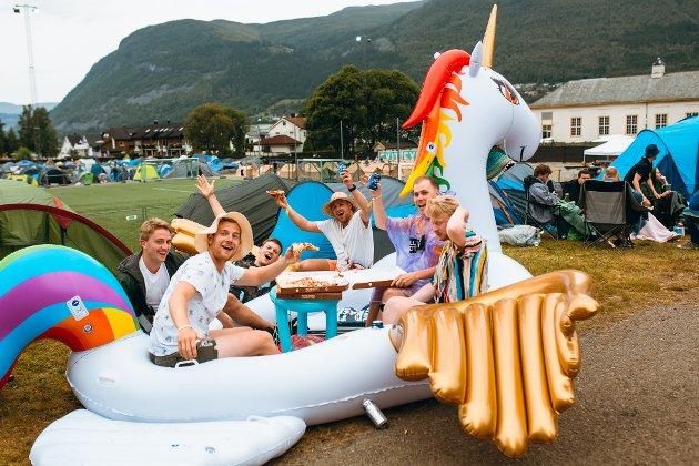 CAMP TRUDE: Etter å ha blitt fråstolne flamingoen sin i fjor, er Camp Trude tilbake med ny maskot og klar for festival.