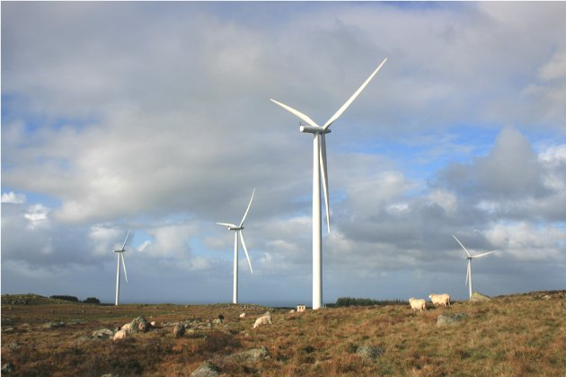 LYSPUNKT: Det er ikke lenge siden FNs generalsekretær, António Guterres, i en kronikk framhevet landbasert vindkraft som et av lyspunktene i bekjempelsen av klimaendringene. Vindkraft er altså et helt sentralt, globalt tiltak for å redde natur og mennesker, skriv artikkelforfattaren. Bildet er frå Høg-Jæren vindkraftverk .