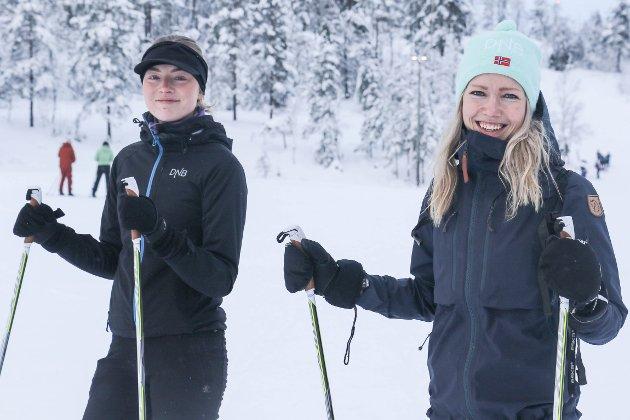 GJØSET: Søstrene Kristina og Solbjørg Torheim Hanitz hadde planar om å gå rundt Gjøset då Firda møtte dei på startstreken.