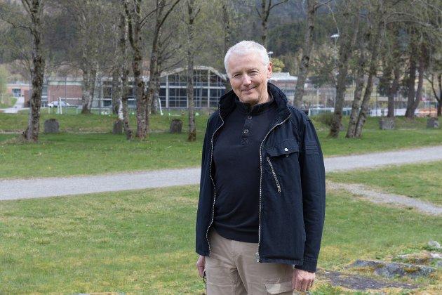 Medlemmane av kommunestyret bør våge å spørje kva folkeviljen i Førde seier. Det er demokrati., skriv Jens Evjensvold om Førdepakken.