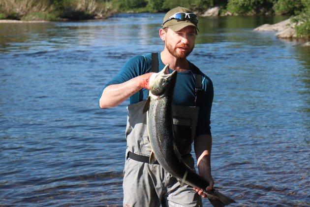 Sveinung Rotevatn opna laksefisket i Nausta tysdag 1. juni.