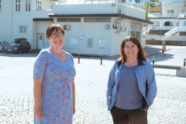 Fyrstekandidat Hege Lothe (t.v) frå Gloppen og Nermin Ali Wasta Ali frå Måløy. (Foto: Olav Vlam / SV)