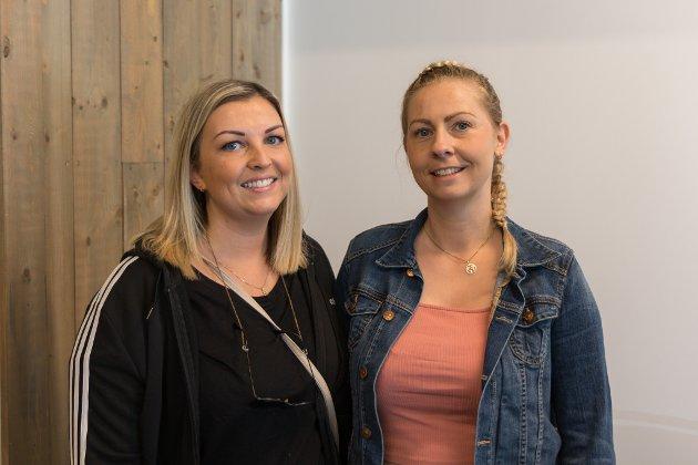 STORT BEHOV: Berit-Helen Høgelid (34) og Inga-Lill Solibakke (40) tok turen på opningsdagen. Dei synest det er veldig bra at Sande har fått eit nytt treningssenter. – Det er behov for det. Og pluss for at vi slepp å reise til Førde for eit godt treningstilbod, seier Høgelid. Solibakke er einig: – Det er også mange fleire apparat og større plass enn i Gaularhallen.