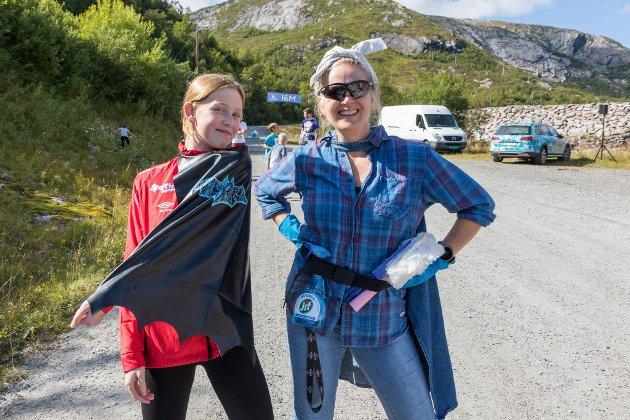 SPRING FOR BEGGE: Gry Haukereid (48) måtte stå over dagens løp på grunn av ein skade. Då sende ho heller Helene Haukereid (13) ut for dei begge.