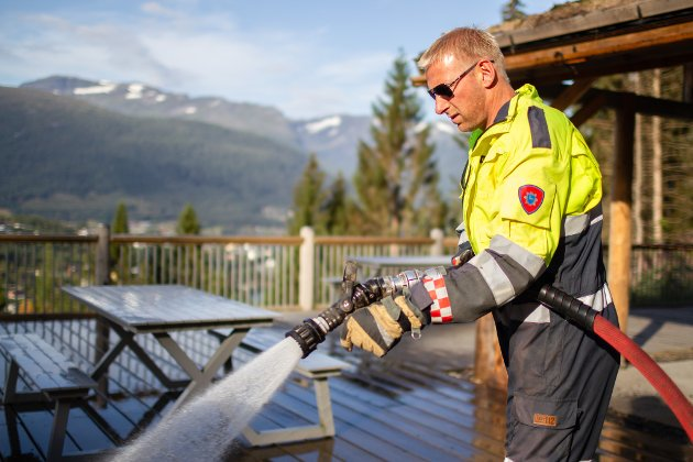 BRANN: Kjetil Lyngstad på brannstaden.