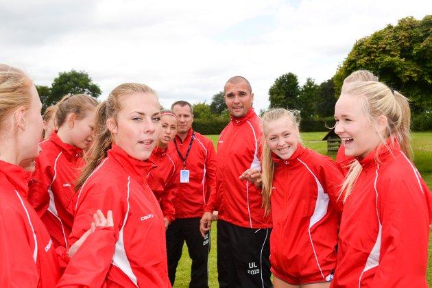 HÅNDBALL: Trener Lars Olsen var svært fornøyd med hva hans jenter presterte under Aalborglekene.