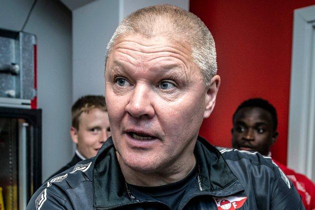 Mons Ivar Mjelde i pressesonen etter sin formadble start med 5-1 mot Ull/Kisa.