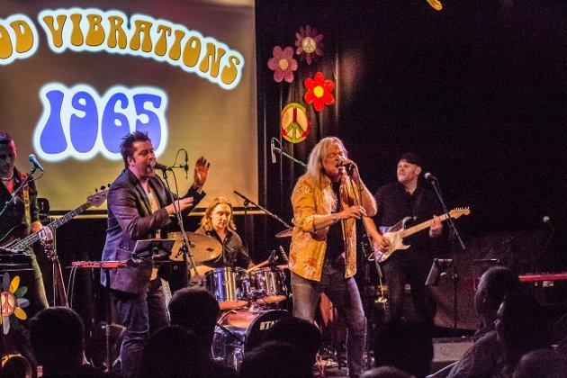Jonas Groth og Eirikur Hauksson showet for Gleng-folket i helgen. Foto: Vetle Granath Magelssen