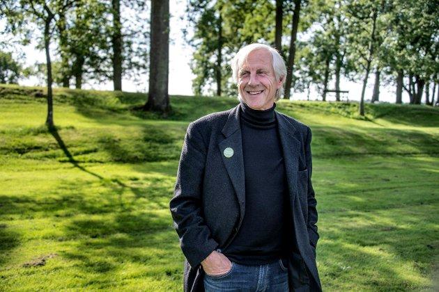Med æren i behold: Innleggsforfatter Ola Hilmar Storli gir uforbeholden støtte til Henning Aall i Miljøpartiet de grønne. Aall har tidligere erklært at han ikke har tillit til rådmann og ordfører i varslersaken.