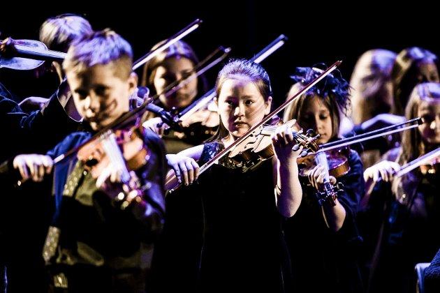Unge og ambisiøse musikere ved kulturskolen. Ulf Morten Davidsen skriver at det er mange som må starte på den lange veien for at det skal bli noen få virkelig gode musikere. Han frykter at skolen skal bli et tilbud for de få.