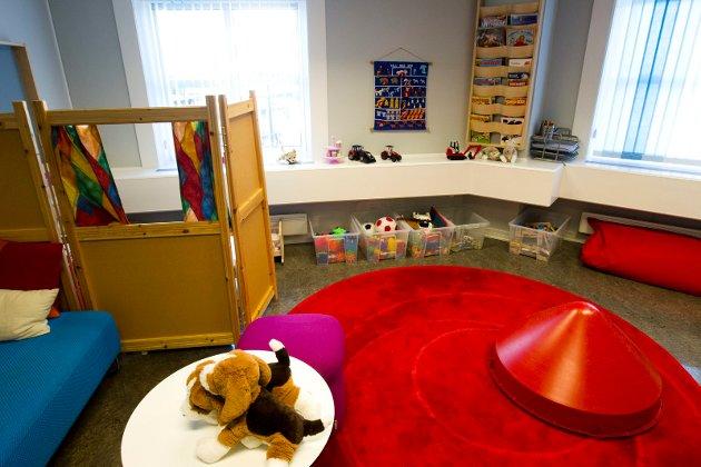 Statens barnehus i Oslo. Barn og unge som har vært utsatt for vold eller seksuelle overgrep får møte fagfolk. Østfold får sitt hus i år.