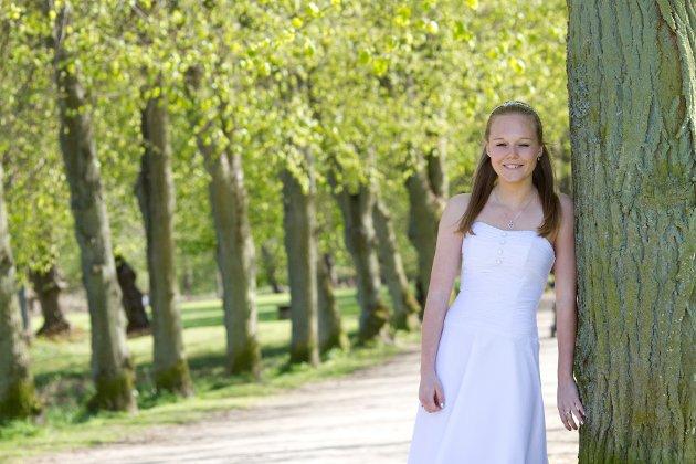 Hvorfor ikke kalle den humanistiske markeringen for eksempel ungdomsfest eller voksenfest, spør Marit Strømsæther Akselsen.