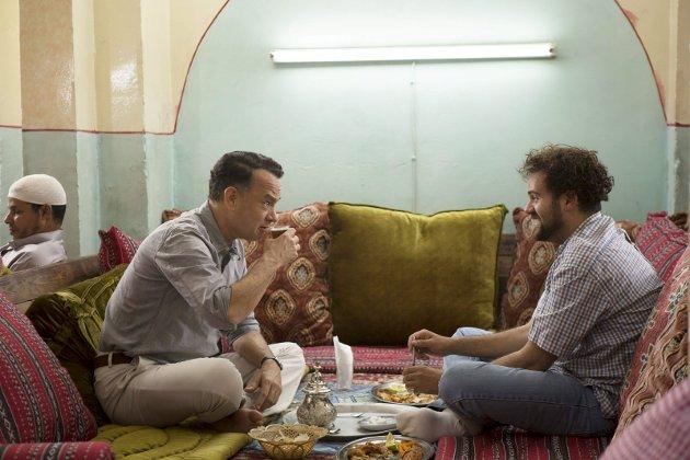 Arabisk måltid: Alan og Yousef filosoferer over livet og utfordringene.Foto: Filmweb.no