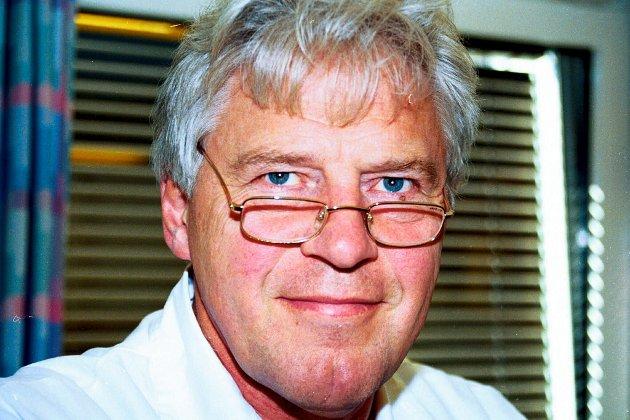 Trond Holm ivrer for dele opp Akershus og gi litt til hvert av de omliggende fylkene. Han er kjent som tidligere overlege ved hjerteseksjonen på Sykehuset Østfold.