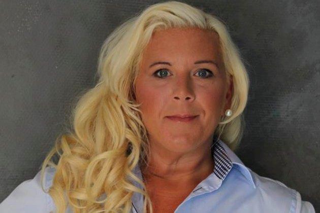 Anita Vik, gruppeleder for Fredrikstad Frp, får «æren» av være først ute med å rope ulv.