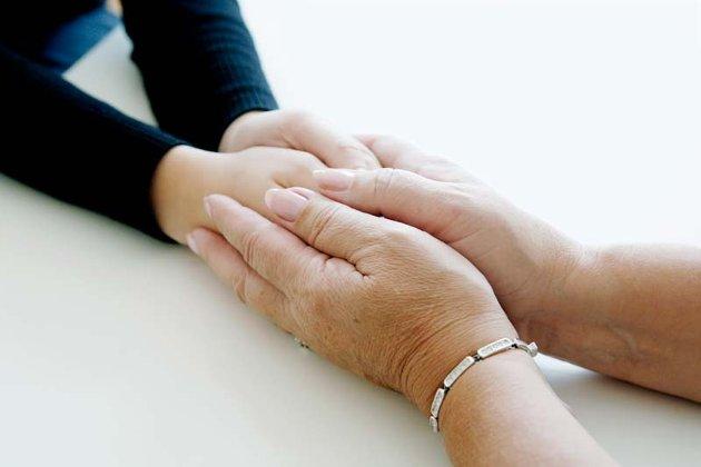 Verdensdagen for selvmordsforebygging har som motto å akseptere hva det er å være et menneske. – Dette er ment å fokusere på medmenneskelighet, toleranse, og interesse for både våre nærmeste og for mennesker vi i alminnelighet omgås, skriver Olav Kolstad.