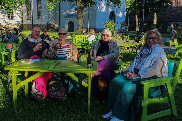 Nils Christian, Lena Ekman, Ann og Trine har savnet å være på konsert. Ann var på jazz-konsert forrige sommer, men de andre har ikke vært på konsert siden før pandemien.
