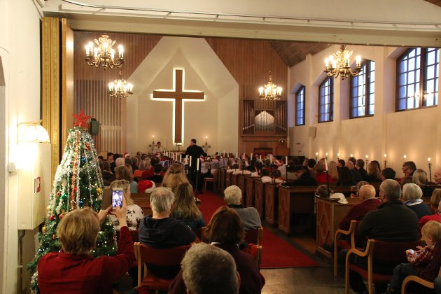 Kirken var fylt nærmest til randen. Kanskje må korpset satse på Narvik kirke neste år?