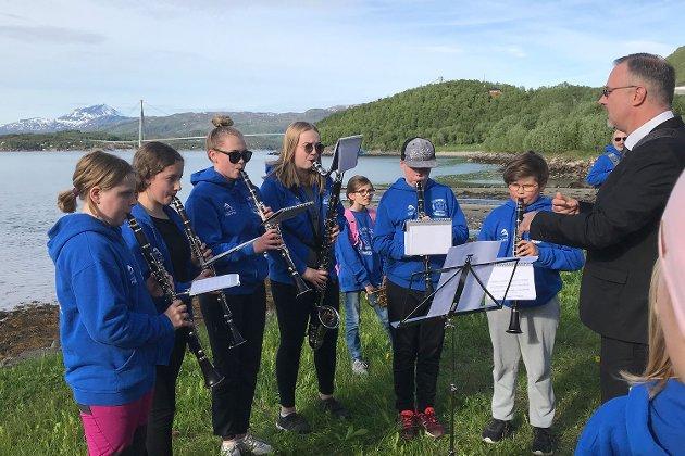 """Narvik skolekorps var igjen blitt trukket ut til å være med på prosjektet """"Korps på friluftstur"""" i regi av Gjensidigestiftelsen og Norges Musikkorps Forbund."""