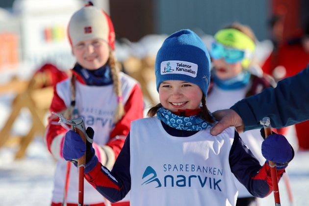 Og så var det dagens bursdagsbarn, Oda Josefine Skog (8). Hun stilte i yngste jenteklasse i det offisielle rennet.