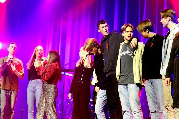 """Allsang til """"We are the Champions"""" avsluttet konserten. Ikke vanskelig å være enig."""