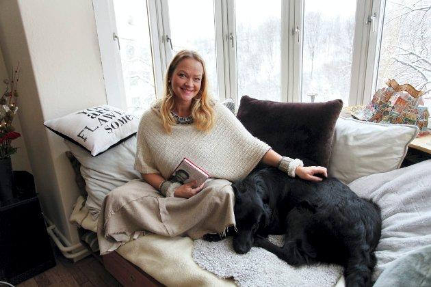FORFATTER: Kathrine Aspaas har gjort seg noen tanker om sin egen barndom, hjemlengsel og om barn i dag som får barndommen satt på vent.