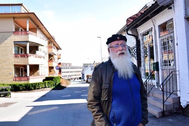 REAGERER: Alf Henriksen (Rødt) går hardt ut mot forslaget til kommunebudsjett fra Ap, MDG, V, og SV. Et forslag med store svakheter, skriver han.