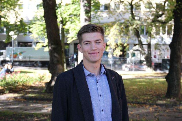 Leder av Europeisk Ungdom: Knut André Sande