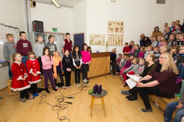 Adventsamling: Fjerde klassetrinn ved Skotterus skole underholdt.