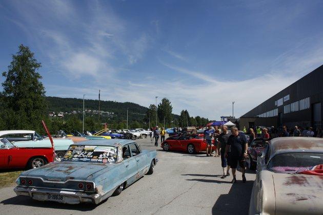 Sprengt kapasitet: 190 Biler ble parkert, fordelt over flere parkeringsplasser.