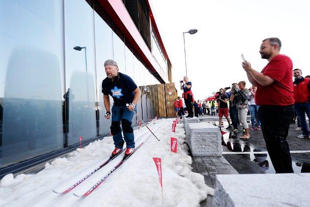 DAGENS STUNT: Geir Schau startet skisesongen utenfor Swixsenteret, riktignok også med sesongens første fall…