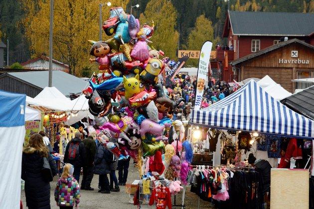 TRADISJON: Stavsmartn på Tretten har vært arrangert i mer enn  200 år og er liike populært.