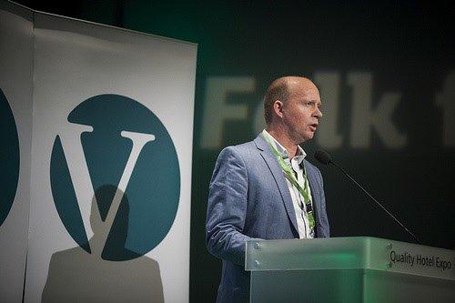 SVIKTER: Venstres Ketil Kjenseth (bildet) utfordres av SVs Hans Olav Lahlum til å gå imot Regjeringens jordbrukstilbud.
