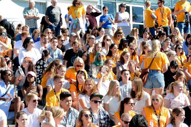 NYE STUDENTER: Onsdag ble 1600 nye studenter ønsket velkommen ved Høgskolen i Lillehammer. Makter byen å ta vare på dem? Arkivfoto: Inger Stokland