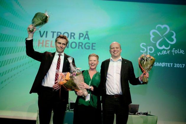 Sp-ledelsen Trygve Slagsvold Vedum (th), Ola Borten Moe (tv) og Anne Beathe Kristiansen Tvinnereim søker samarbeid med Ap dersom høstens valg gir grunnlag for det.