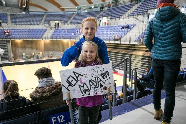 Helle Teigen Breifosmo er til stede i Håkonshall for å heie på storesøster Maya Arnesen Breifossmo som spiller på Lillehammer KFK.