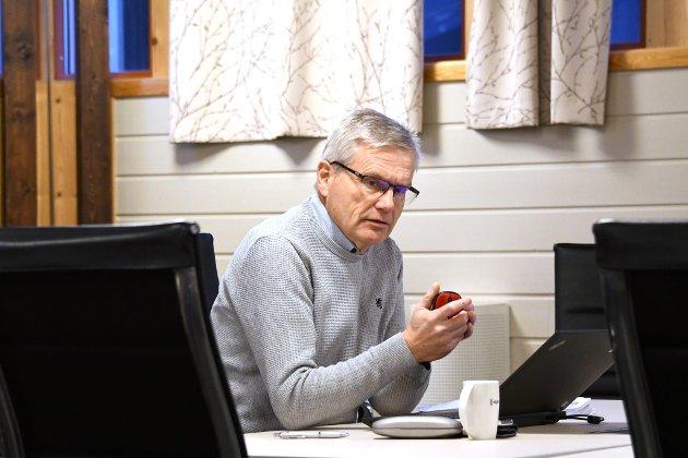 VÅGÅ: Vi i SV vart mildt sagt overraska over at Ap ikkje ville ha med noko i vedtaket som styrka yrkesfagelevane sine vilkår. Når det er sagt, så er det berre fint dersom Vågå Ap kjem etter «over åsane», skriv Svein Holen, kommunestyrerepr. Vågå SV.