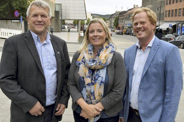 BÆREKRAFT?: Varaordfører Terje Rønning, ordfører Ingunn Trosholmen og opposisjonsleder Oddvar Møllerløkken vil alle effektivisere. Blir det reell innsparing av slikt?