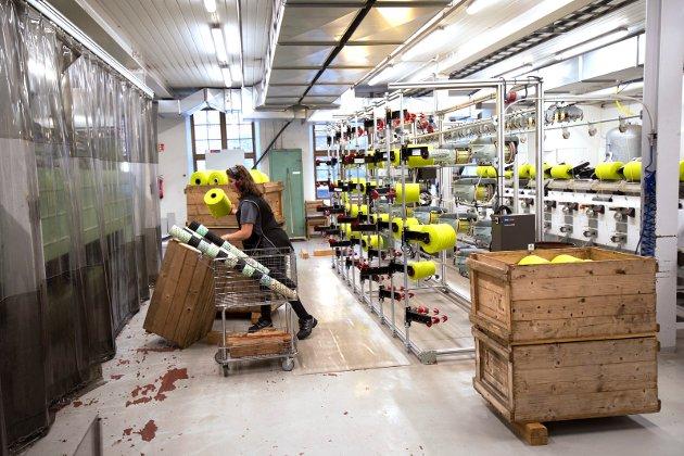 Morten Ørsal Johansen (Frp)  skriver om viktigheten av nye arbeidsplasser i privat sektor. Illustrasjonsfoto fra Gudbrandsdalens Uldvarefabrik.