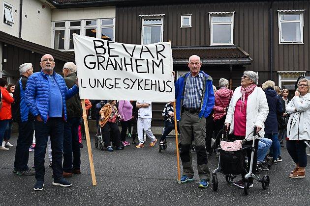 Ansatte og pasienter må tross utsettelse dra til Lillehammer i framtida.